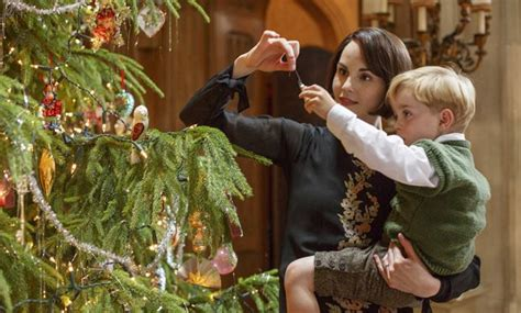 gifts for downton abbey fans christmas present ideas 2015 perfect gifts for downton