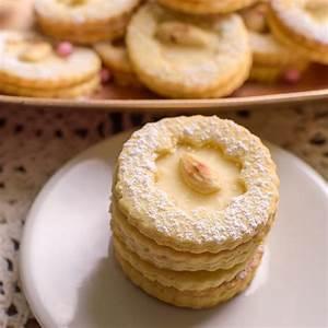 Kekse Mit Namen : eierlik r pl tzchen mit einem leckeren teig mit mandeln einfaches rezept ~ Markanthonyermac.com Haus und Dekorationen