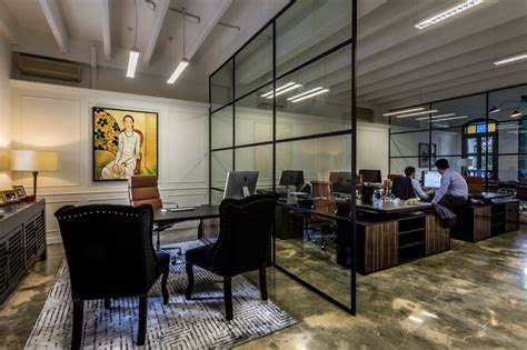 am駭agement bureaux open space luxury hedge fund office space in singapore by elliot