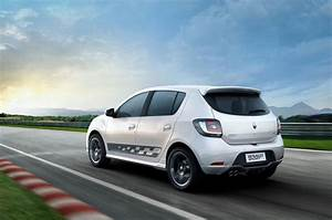Dacia Sandero Rs : dacia sandero rs performance hatch in the works ~ Medecine-chirurgie-esthetiques.com Avis de Voitures