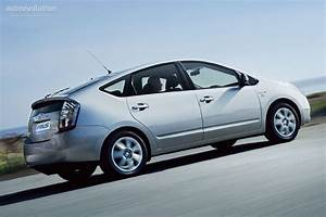 Toyota Prius Versions : toyota prius specs photos 2006 2007 2008 autoevolution ~ Medecine-chirurgie-esthetiques.com Avis de Voitures