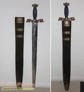Outlander Hrothgar's Hero Metal Sword original prop weapon