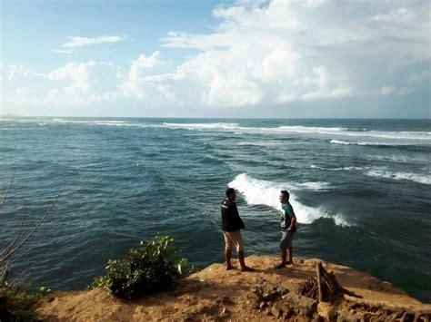 wisata religi pantai balekambang mongabaycoid
