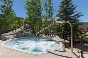 Black Bear Lodge | Summit County Mountain Retreats