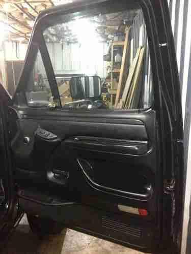 buy    fully loaded custom interior mint