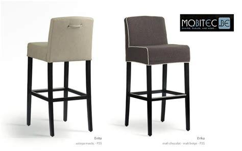 chaises de cuisine hautes chaise haute bar bois cuisine en image