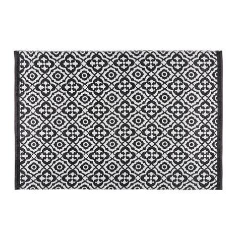 tappeti moderni bianchi e neri best tappeto da giardino con motivi neri e bianchi xcm