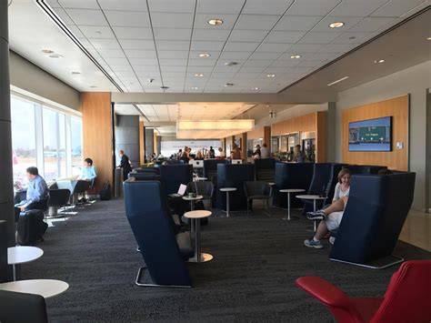 Southwest Airline lounge review delta sky club lax terminal  points 1334 x 1000 · jpeg