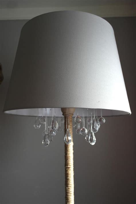 remodelaholic upcycled diy chandelier l