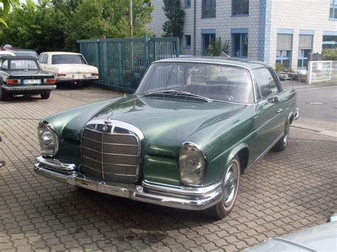 The original idea was suggested by american importer max hoffman. 1964 Mercedes-Benz 220 SEb - Information and photos ...