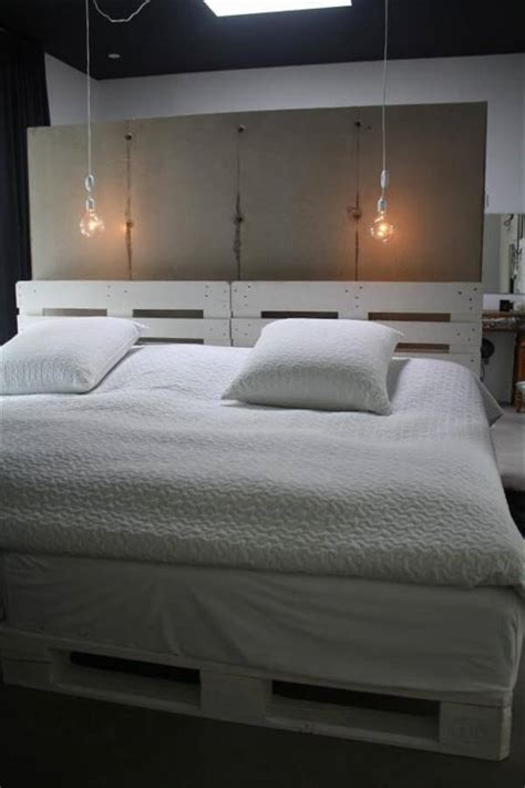 beds with lights in headboard 6 diy pallet bed ideas with headboards 99 pallets