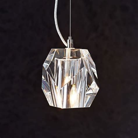 a closer look at pendant lighting trends