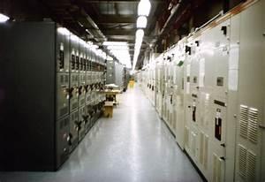 File:Mcc room.jpg - Wikimedia Commons