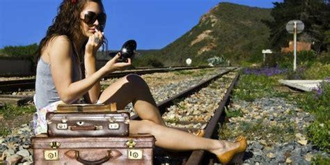 Aborsi Alami Bandung 10 Produk Kecantikan Cair Yang Pas Buat Teman Travelling