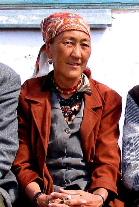 women  kyrgyzstan wikipedia