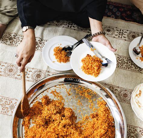 muslim food arabic halal dinner islam traditional culture breakfast meal eating eat rice islamic biryani cuisine feast ramadan party menu