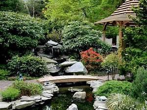 comment creer son propre jardin japonais en 23 photos With amenagement de jardin avec des pierres 17 la deco exterieure avec une fontaine murale archzine fr