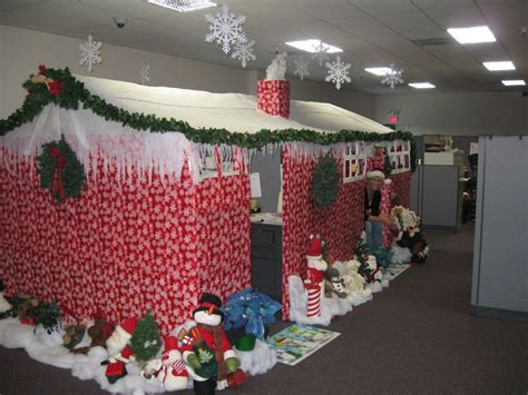 tips  decorating  cubicle   holiday season