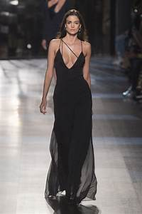 cushnie et ochs fall 2017 the most stunning dresses at With robe d automne 2017