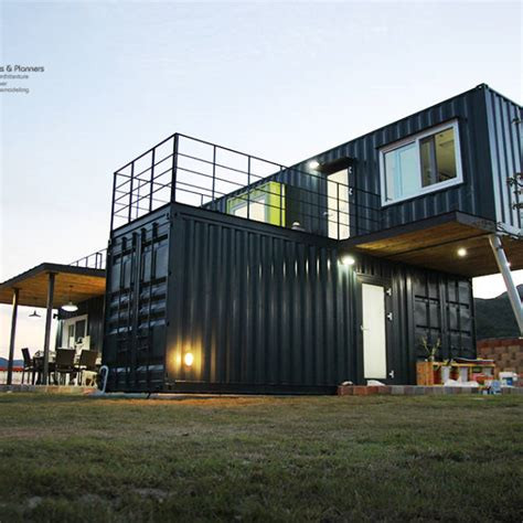 Aus Containern by Containerhaus Conhouse