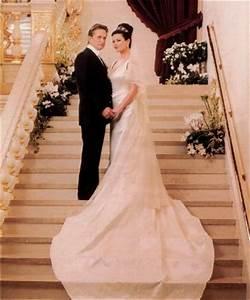 Catherine Zeta Jones Wedding Cake Photos