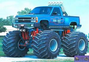BEAR FOOT SPORT | Monster Trucks | Pinterest | Monster ...