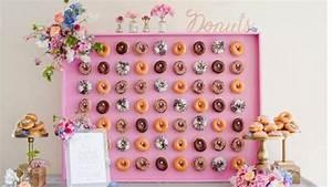 Doughnut walls?! 17 wedding food trends we're loving