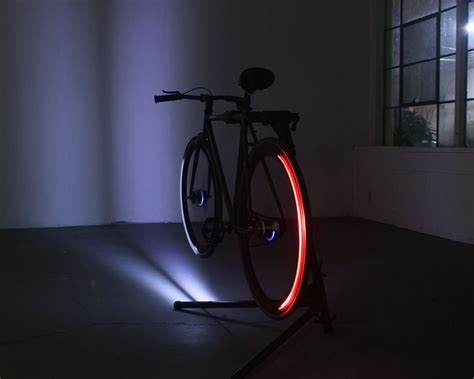led bike lights revolights skyline led bike wheel lights 187 gadget flow