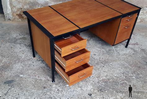 grand bureau en bois grand bureau vintage avec tiroirs en bois teck