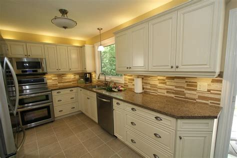 kitchen paint colors with cream cabinets cream kitchen cabinets color derektime design how to