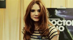 Karen Gillan GIFs - Find & Share on GIPHY