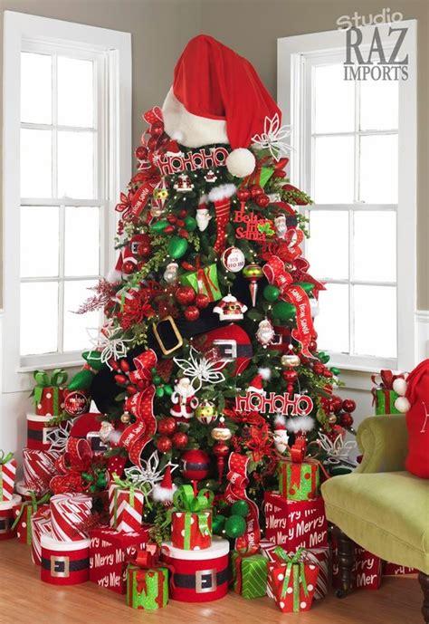decorating  mesh ribbon christmas trees
