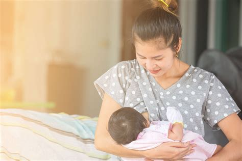 Benefits Of Breast Milk For The Baby Tinystep