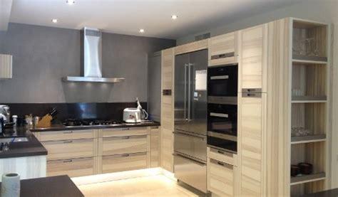 modele cuisine en u idee cuisine en u cuisine en u petit espace avec armoires