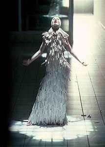 256 best images about McQueen on Pinterest | Steven meisel ...