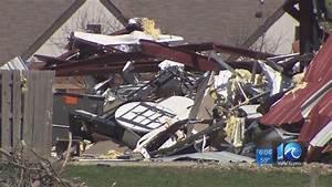 National Weather Service meteorologists assess tornado ...