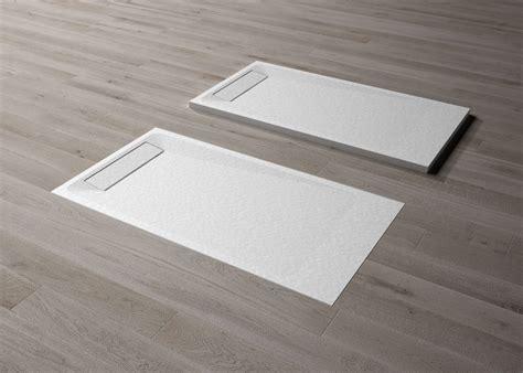 installazione piatto doccia filo pavimento linea piatto doccia elegante disenia