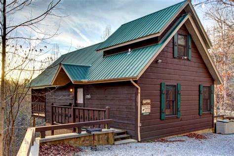 great smoky mountain cabins cabin by great smoky mountains national park tennessee