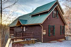 Cabin by Great Smoky Mountains National Park, Tennessee