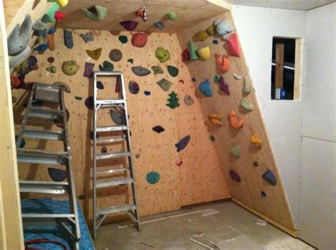 kinderzimmer selber bauen kletterwand im kinderzimmer freude und gesundheit archzine net