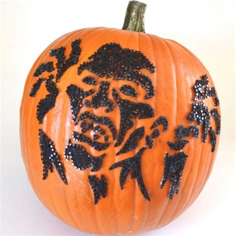 zombie string art pumpkins  carve dream   bigger