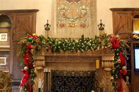 30 most popular traditional christmas decorations ideas