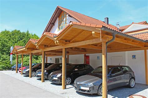 Carport 3 Autos Carport Und Garage Mit Fachwerk