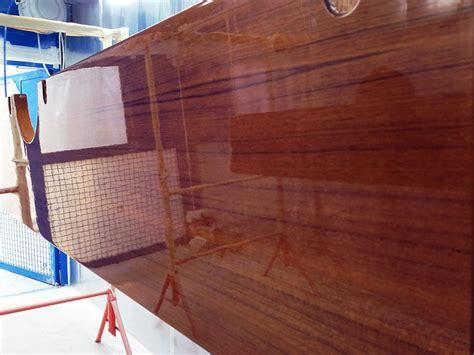 Holz Hochglanz Lackieren by Varnish High Gloss Finish Wood Azur Yacht Coatings