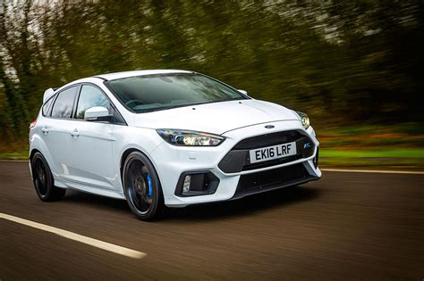Ford Car : Ford Focus Rs Mountune Fpm375 (2017) Review