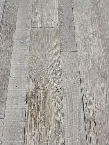 bleached white oak laminate flooring reclaimed granary oak flooring with a bleached white finish custom flooring finishes