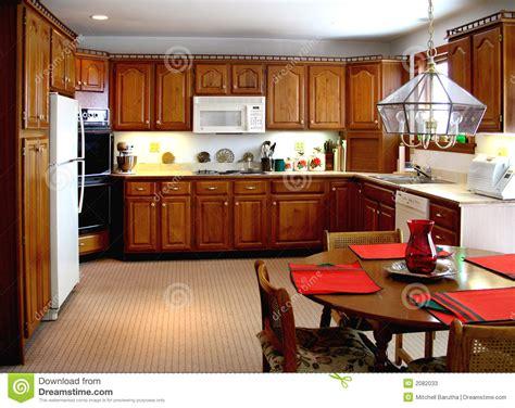 cuisine cuisine plus une cuisine plus ancienne image stock image du maison