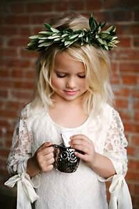 Couronne De Fleurs Mariage Petite Fille : la robe de demoiselle d 39 honneur choisir la meilleur ~ Dallasstarsshop.com Idées de Décoration