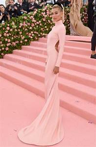 Hailey Bieber Pink Backless Bodycon Celebrity Prom Dress