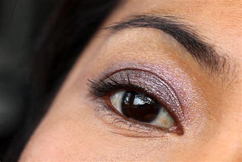 bobbi brown black ruby sparkle eyeshadow palette takes